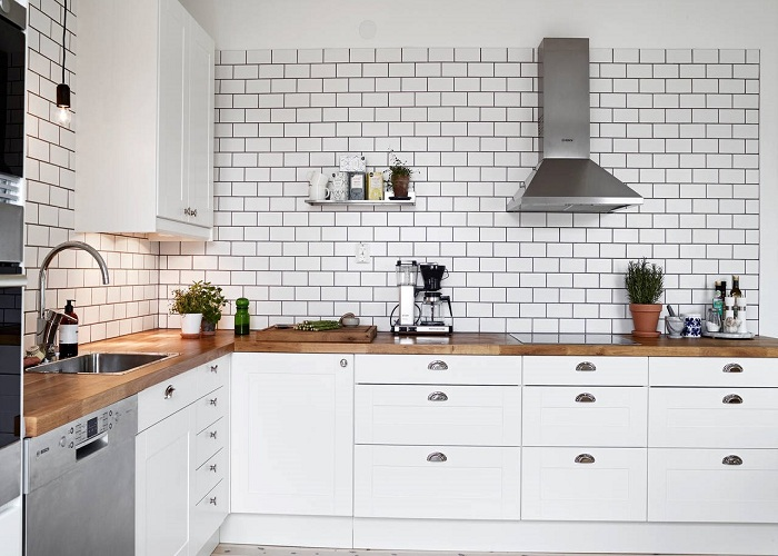 Make a Splash - 10 Best Kitchen Renovation Ideas for 2019 on a Budget - ET Painting